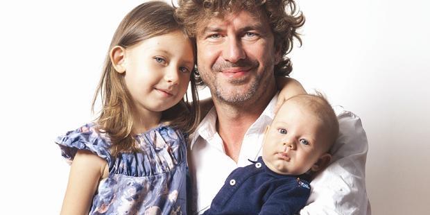 Photo of Tan Sağtürk, kızının o ünlü şarkıcıya benzemesinin hayalini kuruyor!..