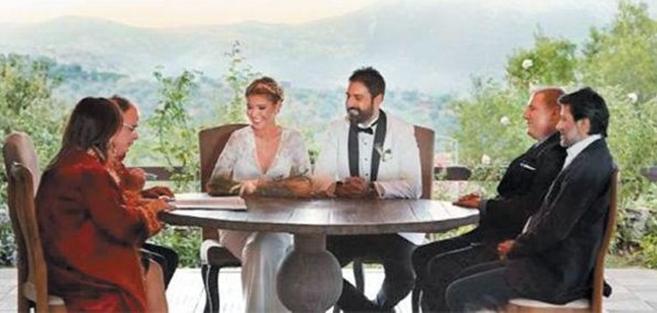 Photo of Gülben Ergen'le Erhan Çelik neden ayrı evde kalıyor? İşte yanıtı!..