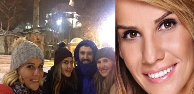 Photo of ESRA EROL YILBAŞI GECESİ EYÜP SULTAN'I ZİYARET ETTİ