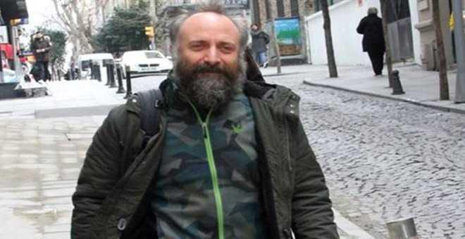 Photo of HALİT ERGENÇ'TEN EŞİ BERGÜZAR KOREL'E DESTEK!