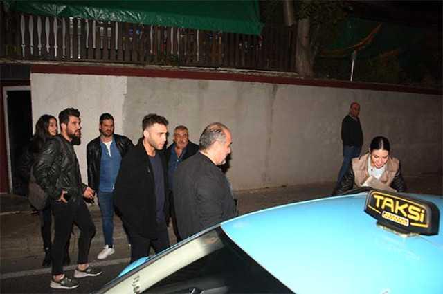 Photo of Demet Özdemir'den ayrılan Seçkin Özdemir Ahu Yağtu ile görüntülendi!
