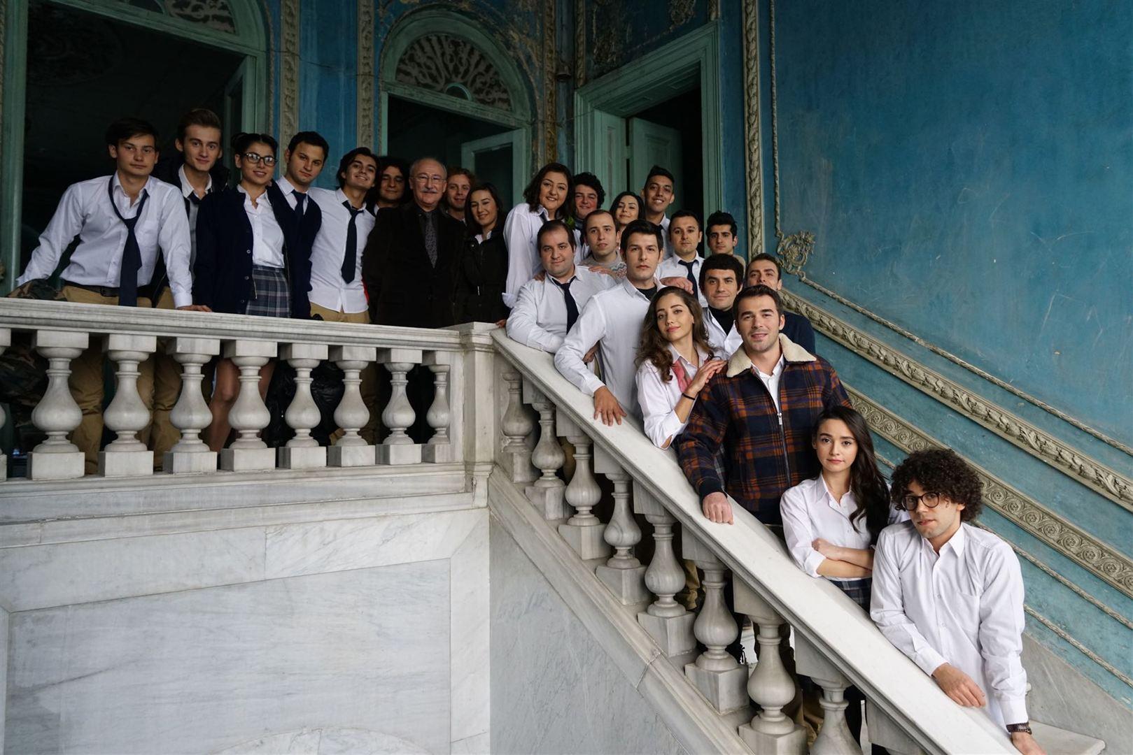 Photo of Hababam Sınıfı Yeniden'e aynı yöntem!