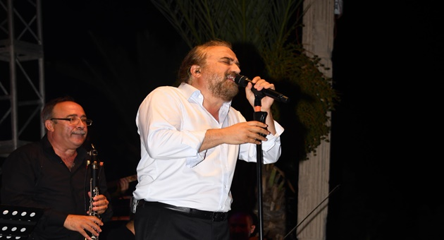 """Photo of Volkan Konak: """"CD Çalar gibi konser yapanlardan değilim!"""""""