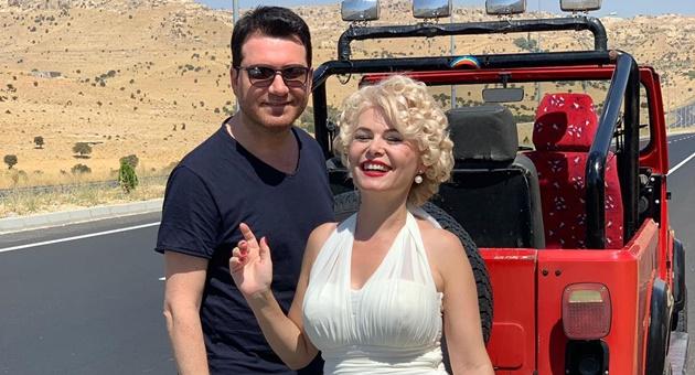 Photo of Murat Kurşun'dan Arapça şarkıya Marilyn Monroe'lu klip!
