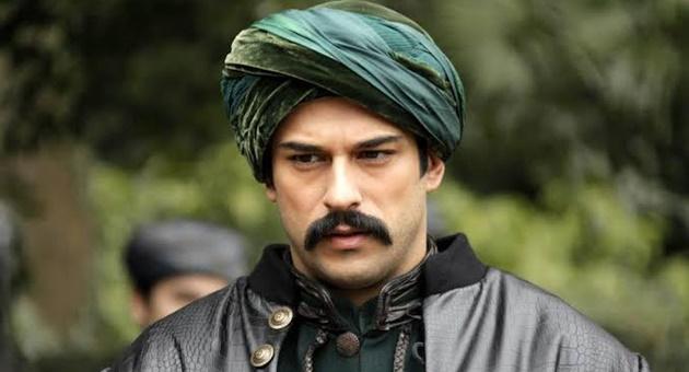 Photo of Burak Özçivit'e sürpriz partner!