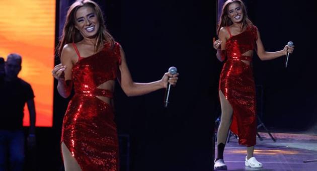 """Photo of Yıldız Tilbe: """"Şarkıcı olmasaydım, deli olurdum!"""""""