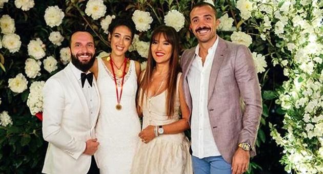 Photo of Demet Akalın ve Berkay'ın arası açıldı!