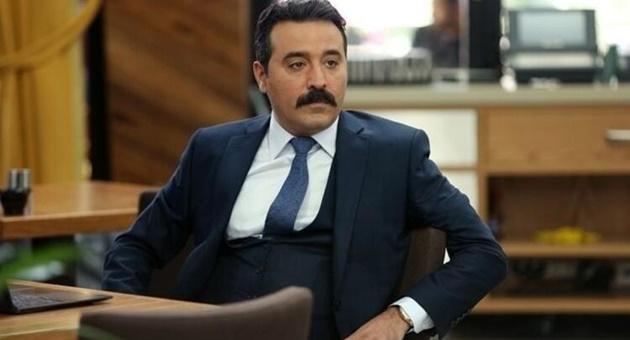 Photo of Mustafa Üstündağ, Eşkıya Dünyaya Hükümdar Olmaz'a veda mı ediyor?