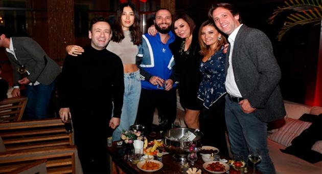 Photo of Ünlüleri buluşturan parti!