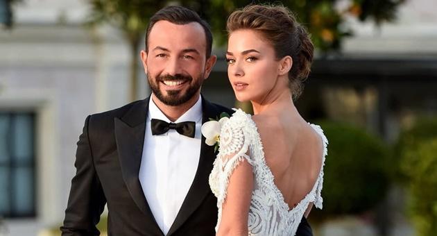 Photo of Bensu Soral mutlu evliliğin sırrını verdi!