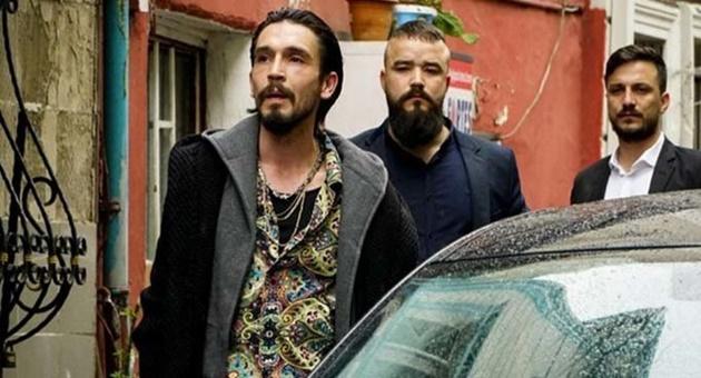 Photo of Çukur'un Timsah'ı Ahmet Melih Yılmaz diziden neden ayrıldı?