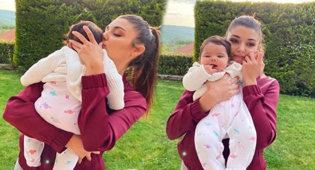Photo of Hande Erçel ve yeğeni Aylin Mavi rekor kırdı!