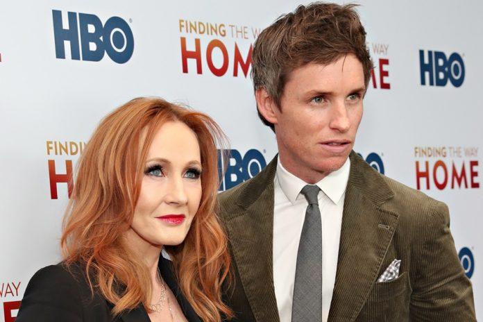 Eddie Redmayne, J.K. Rowling'e Verilen Tepkileri Endişe Verici Bulduğunu Söyledi