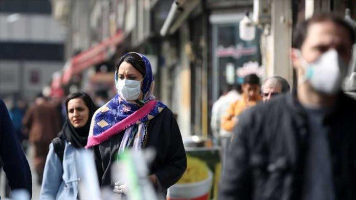 İran'da 3 bin 563 yeni koronavirüs vakası