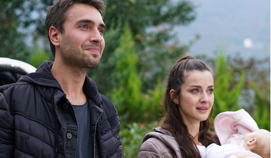 İrem Helvacıoğlu ve Ulaş Tuna Astepe'nin sürpriz buluşması… Yeni dizi mi geliyor?