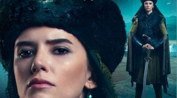 Leyla Lydia Tuğutlu ve Buğra Gülsoy'dan etkileyici set halleri!