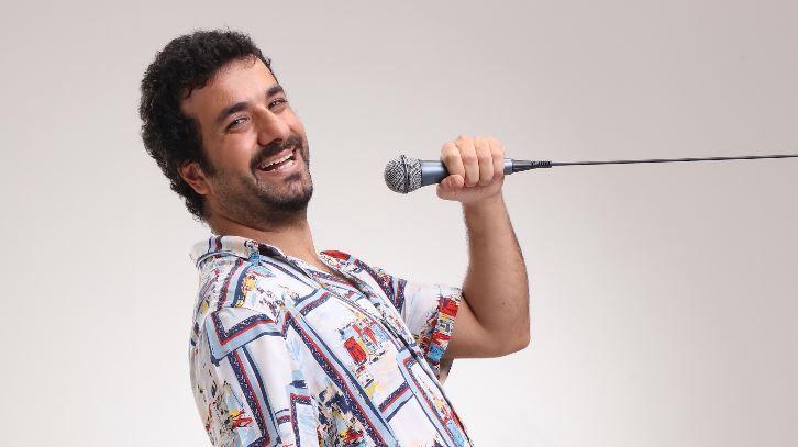 1 Erkek 1 Kadın dizisini yazarı Hasan Can Kaya, stand up yapacak!