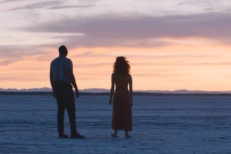 2020 Sundance Film Festivali'nde Beğeniyle Karşılanan Nine Days Filminden Fragman Yayınlandı