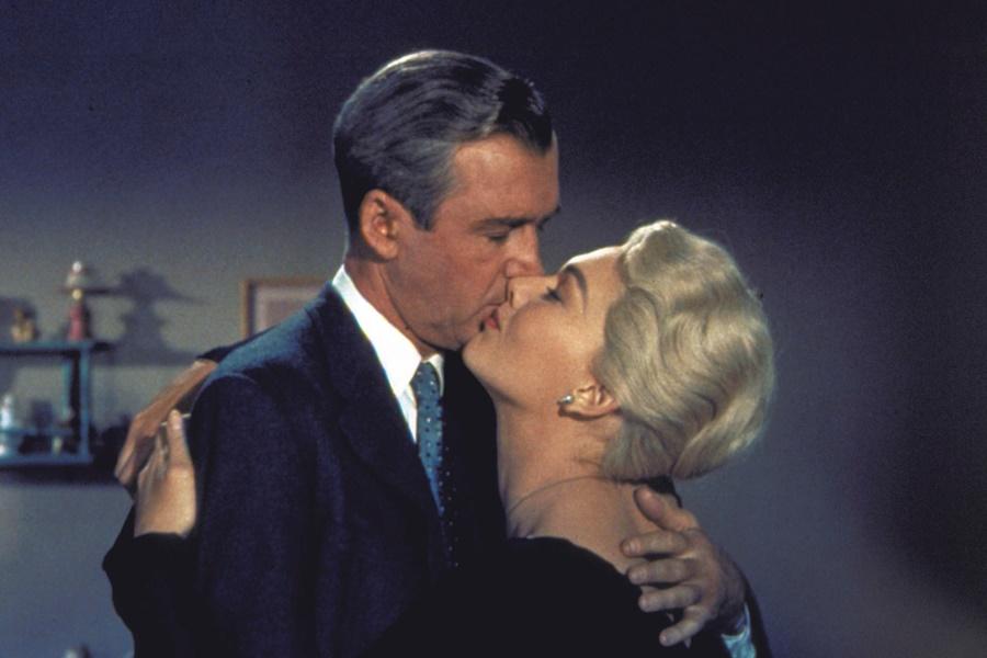 Alfred Hitchcock Filmleriyle Sinematik Dilin Oluşumu