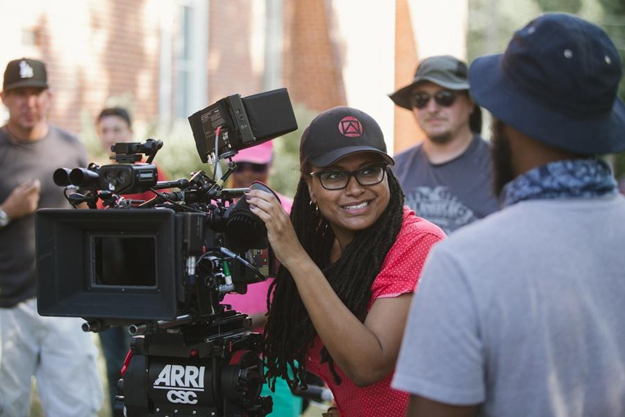 Ava DuVernay, Netflix Yapımı Caste Filmini Yönetecek