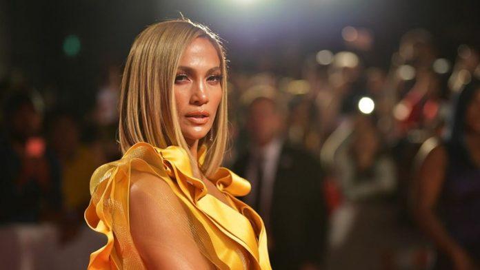 Jennifer Lopez Hollywood'da 'Latin kadın' klişesini kırdı