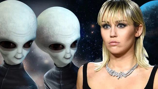 """Miley Cyrus'tan olay UFO itirafı… """"Göz teması kurduk!"""""""