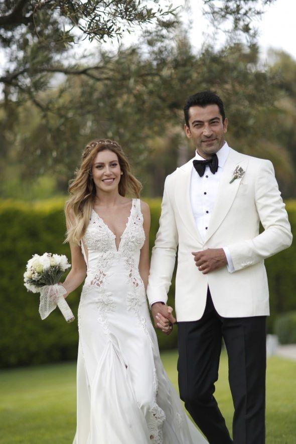 Sinem Kobal'ı doğumda eşi Kenan İmirzalıoğlu yalnız bırakmadı!
