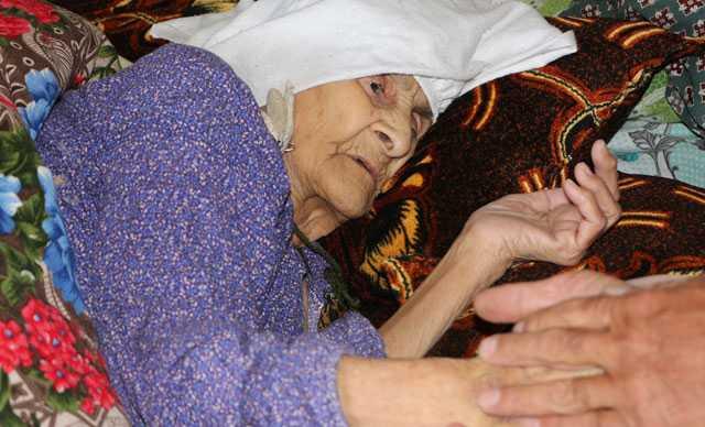 Şırnaklı Menica Nine, 120 yaşına rağmen koronavirüsü yendi