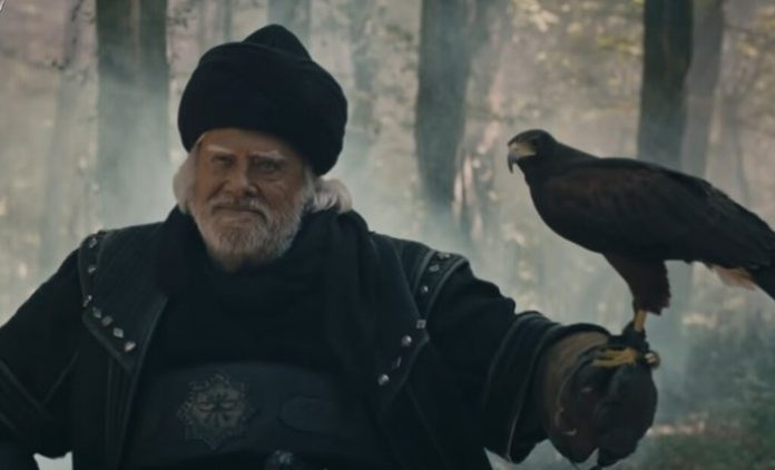 Usta oyuncu Cüneyt Arkın'dan hayranlarına teşekkür!