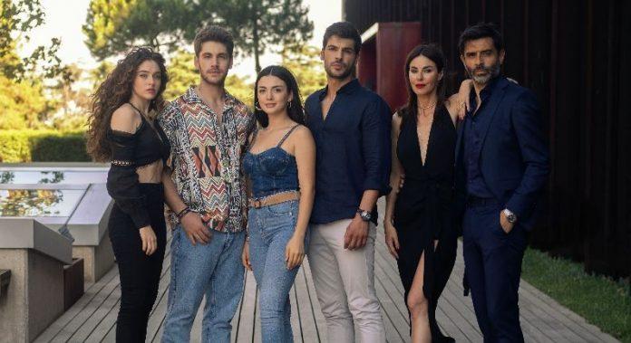 Yemin'den ayrılan Özge Yağız'ın işte yeni dizisi Sol Yanım'daki imajı ve yeni rol arkadaşları!