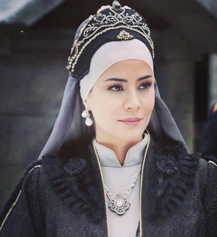Özlem Conker Payitaht Abdülhamid'den Neden Ayrıldı? Bidar Sultan